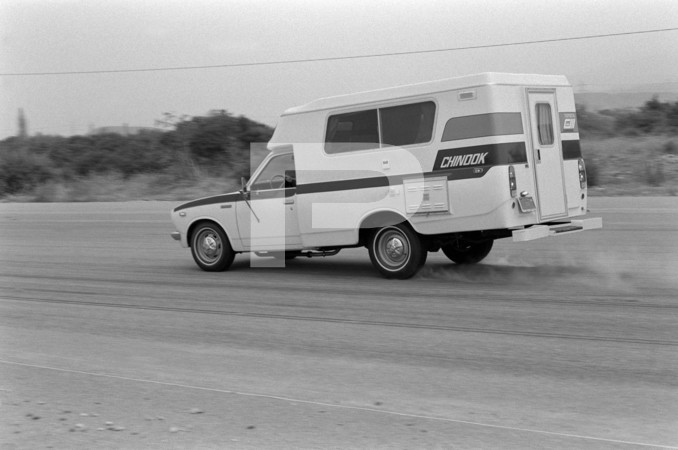 1975 Toyota Chinook Motorhome - Ford Mustang II - Acceleration and Braking - Article Toyota Chinook Mini Motorhome For Economy-Minded Buyer