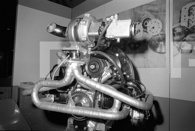 SEMA Show -  Edel Brock - engines