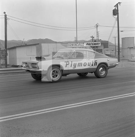 1968 Plymouth Hemi Cuda - Woodward Garage - Irwindale