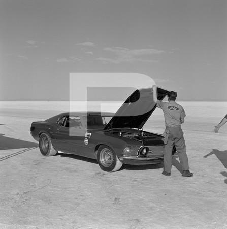 1968 Mickey Thompson LSR Bonneville 1969 Mustangs On Salt