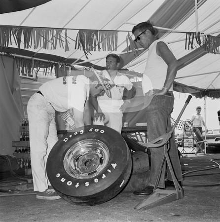 1972 NHRA Springnationals - Dallas International Motor Speedway