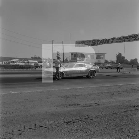 1969 NHRA 6th Annual Hot Rod Magazine Championship Drag Races - Riverside