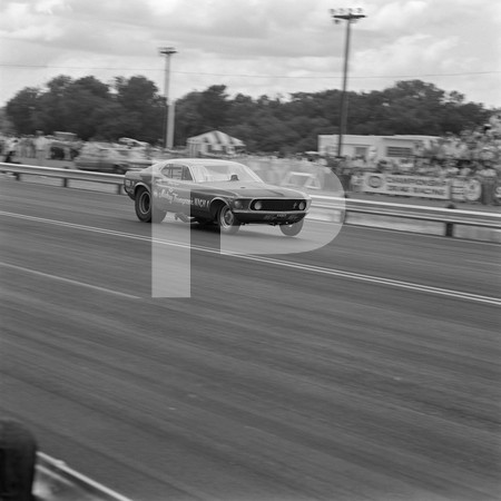 1974 NHRA Springnationals - Dallas International Motor Speedway