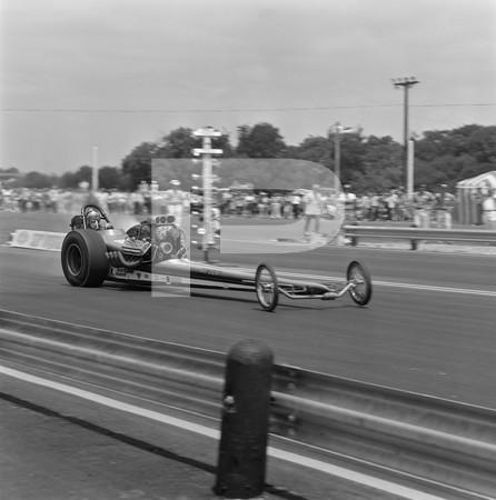 1975 NHRA Springnationals - Dallas International Motor Speedway