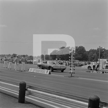 1976 NHRA Springnationals - Dallas International Motor Speedway