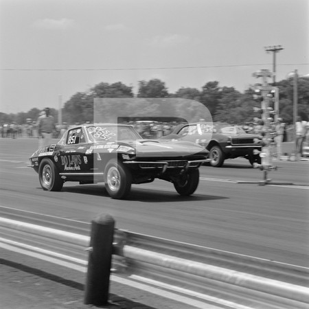 1976 NHRA Springnationals - Dallas International Motor Speedway