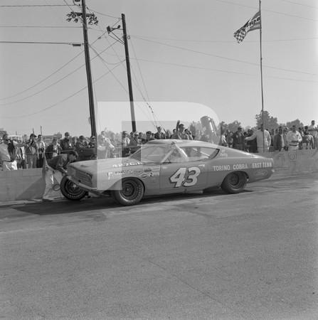 1969 NHRA Winternationals - Auto Club Raceway Pomona