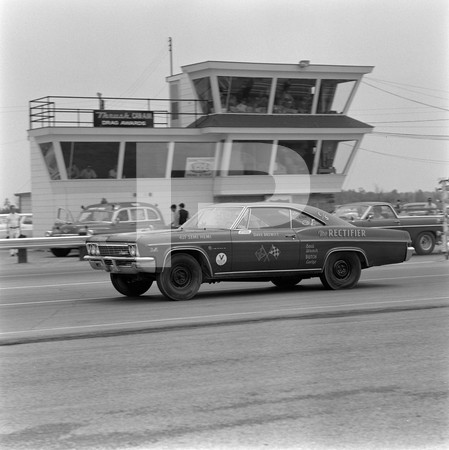 1970 Long Lead Ford GM Mopar - Can-Am Drag Series Inaugural-Cayuga 1320 Dragway-Ontario