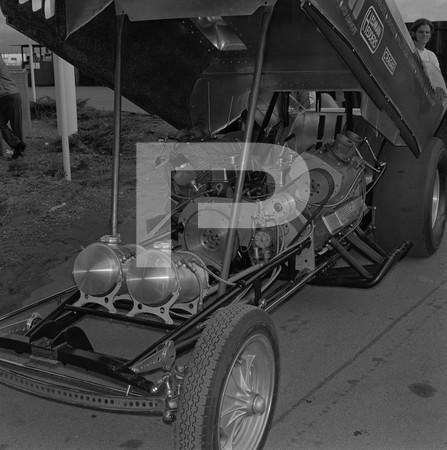 1969 NHRA Manufacturers Meet Funny Cars - Orange County International Raceway