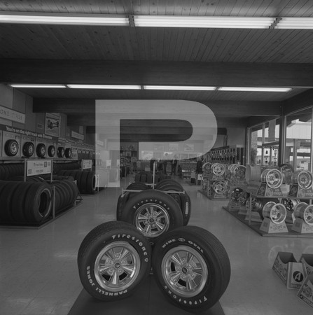 Parnelli Jones Shop - tire shop