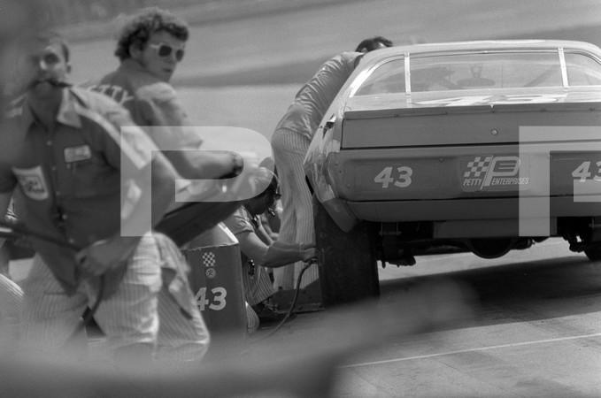 1971 NASCAR Grand National Motor State 400 - Michigan International Speedway Irish Hills