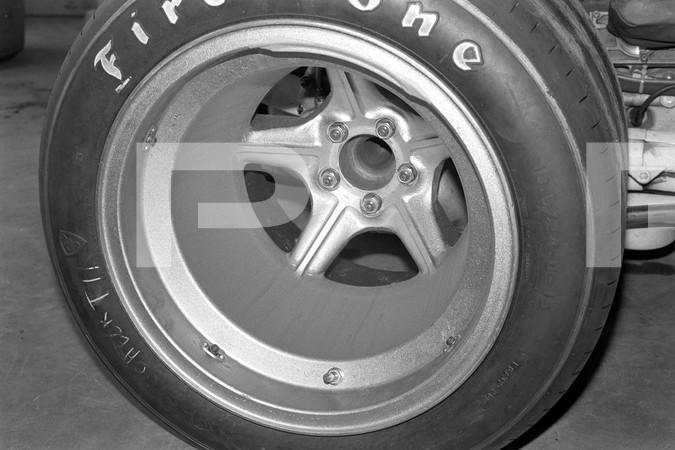 1971 Non Championship Formula 1 and Formula A Questor Grand Prix - Ontario Motor Speedway - Ak Miller Jaguar