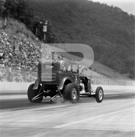 1971 International Hot Rod Association IHRA Spring Nationals - Bristol Motor Speedway Tennessee