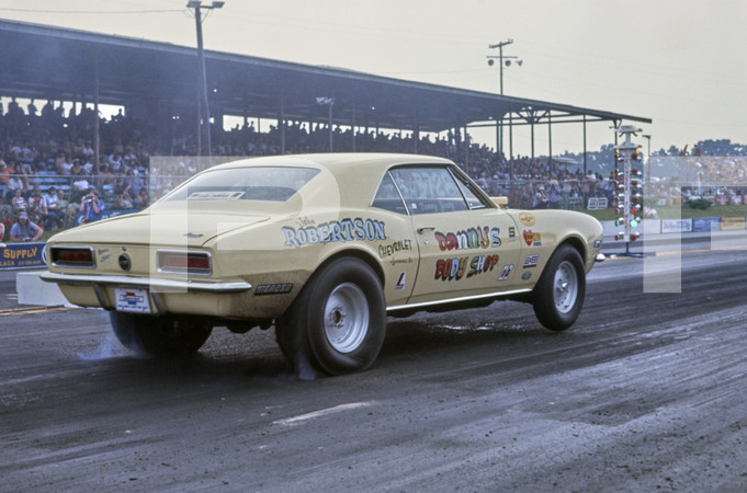 1975 NHRA SPORTSnationals Drag Race - Beech Bend Raceway Park-Kentucky