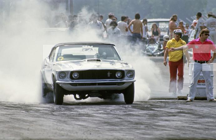 1975 NHRA SPORTSnationals Drag Race - Beech Bend Raceway Park-Kentucky