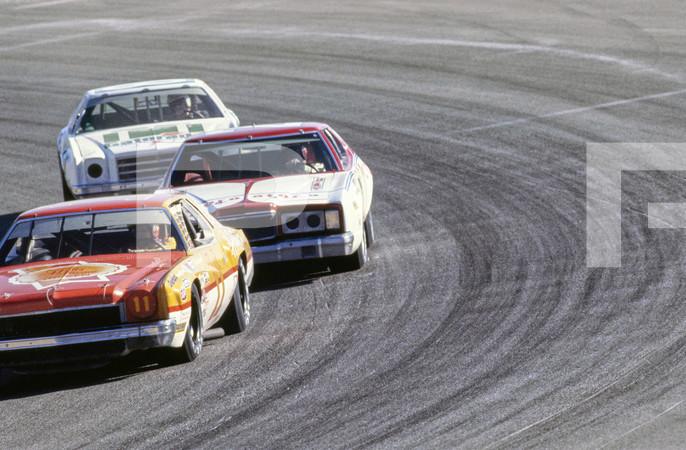1977 NASCAR Winston Cup Western 500 - Riverside