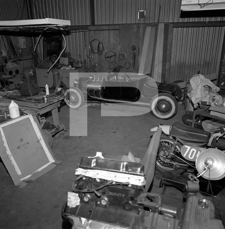 1972 Ed Iskenderian Camshaft Manufacturer - Gardena California - interior of workshop, hot rod and interior