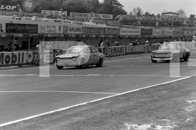 1972 FIA Formula 1 25th British Grand Prix - Brands Hatch Longfield Kent England - no article found, British Touring Car racing, American Trans-Am Camaro, 1 photo blurred