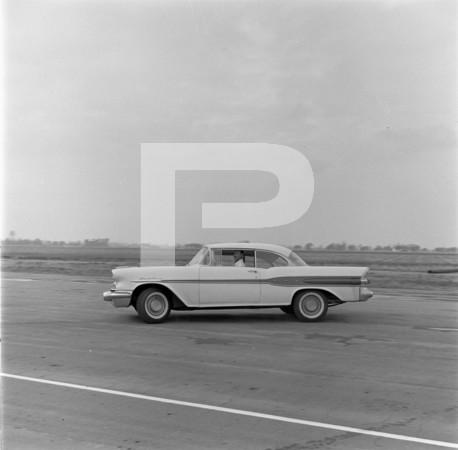 1957 Bristol A.C. - 1957 Pontiac